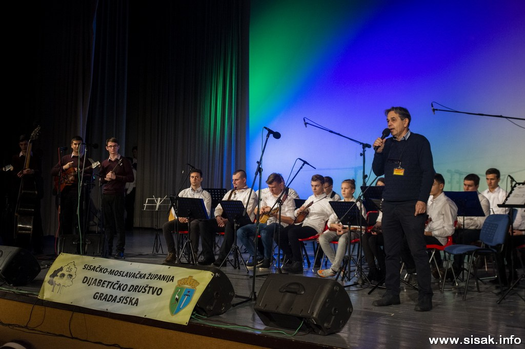 humanitarni_koncert_19_10
