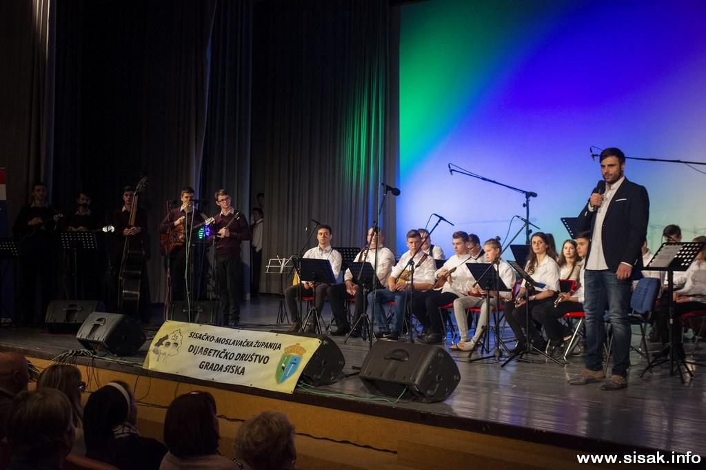 humanitarni_koncert_19_11