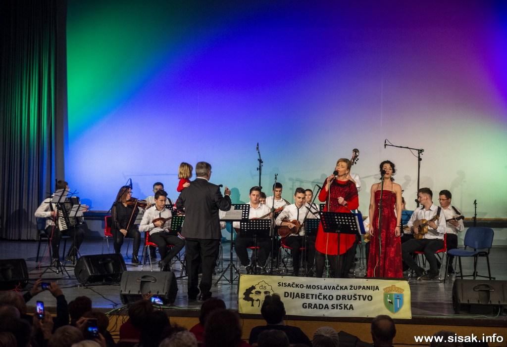 humanitarni_koncert_19_30