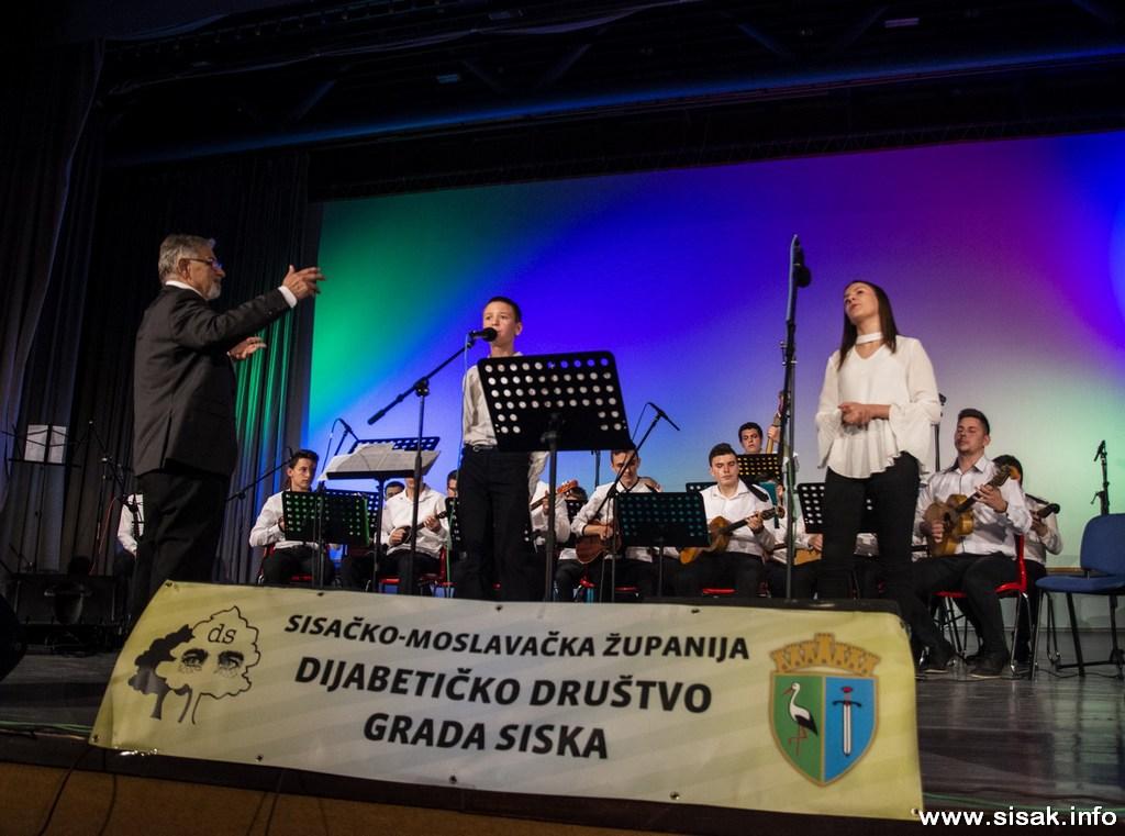 humanitarni_koncert_19_38