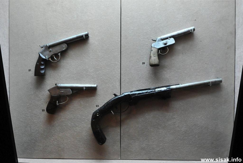 izlozba-oruzja-sisak-13_04