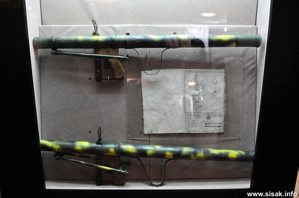 izlozba-oruzja-sisak-13_08