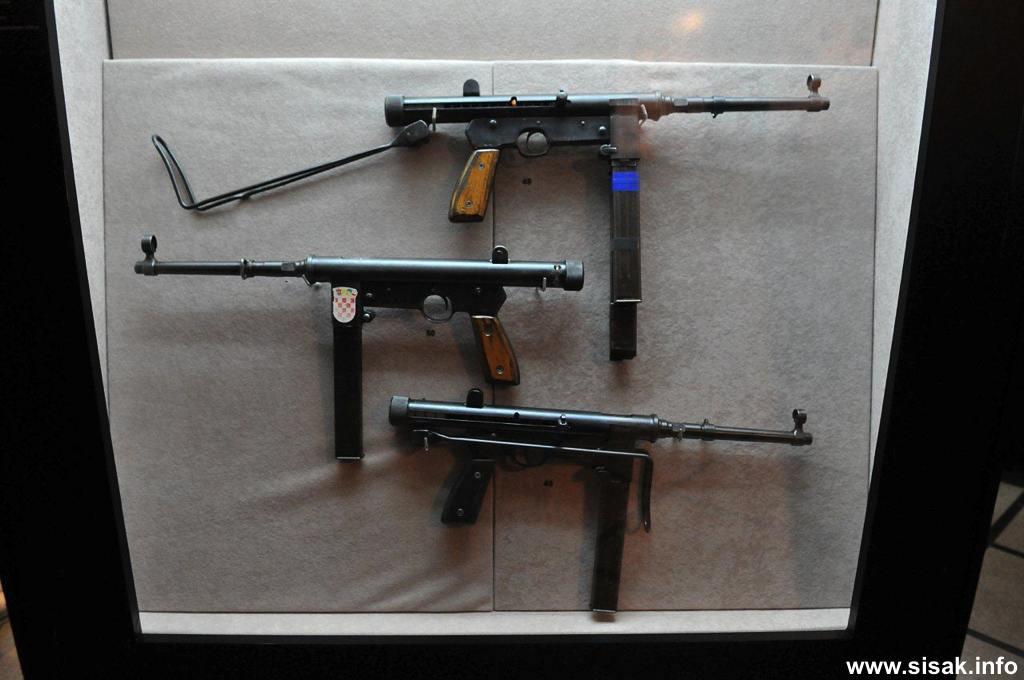 izlozba-oruzja-sisak-13_09
