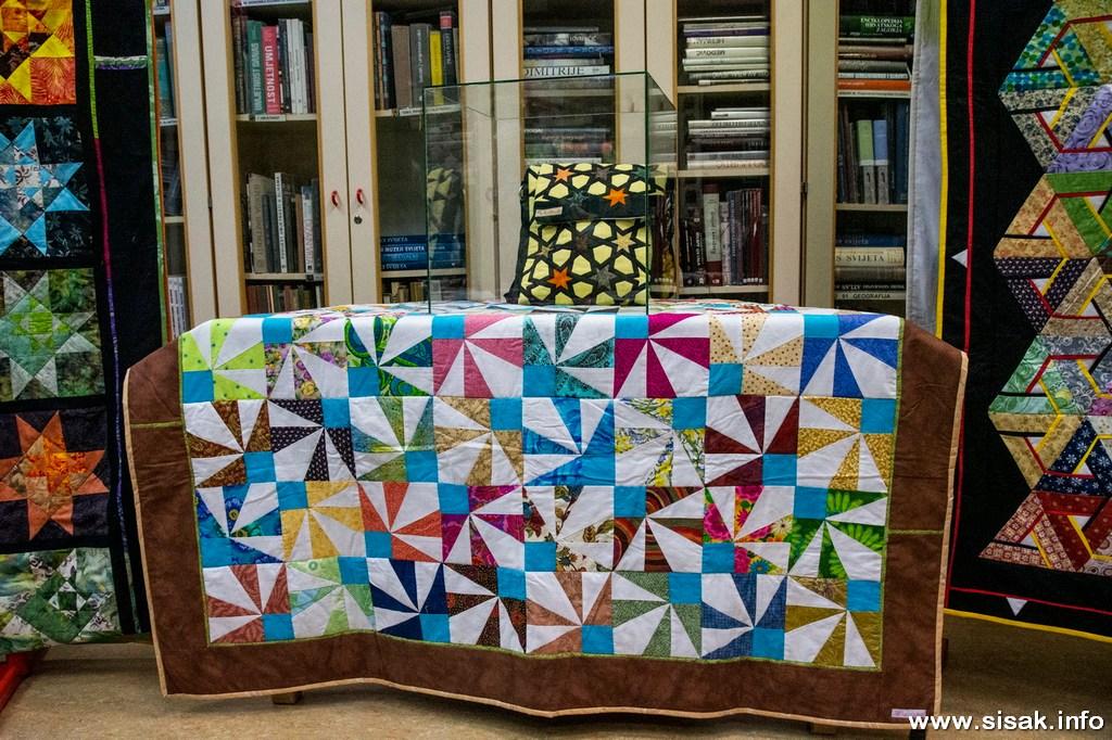 izlozba-patchwork-radova-sisak_19_09