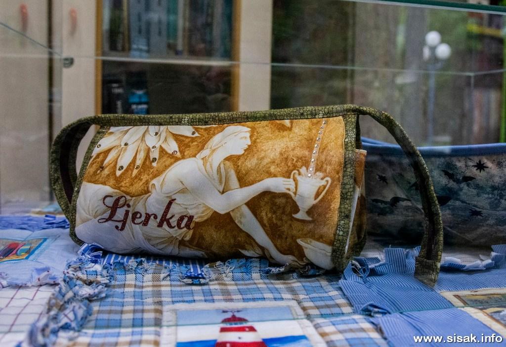 izlozba-patchwork-radova-sisak_19_12