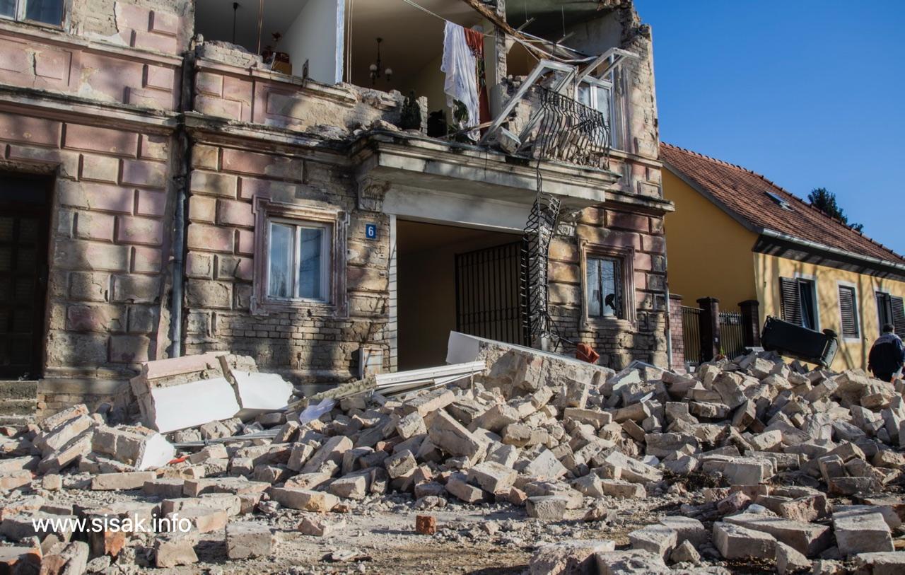 potres-sisak-3-15