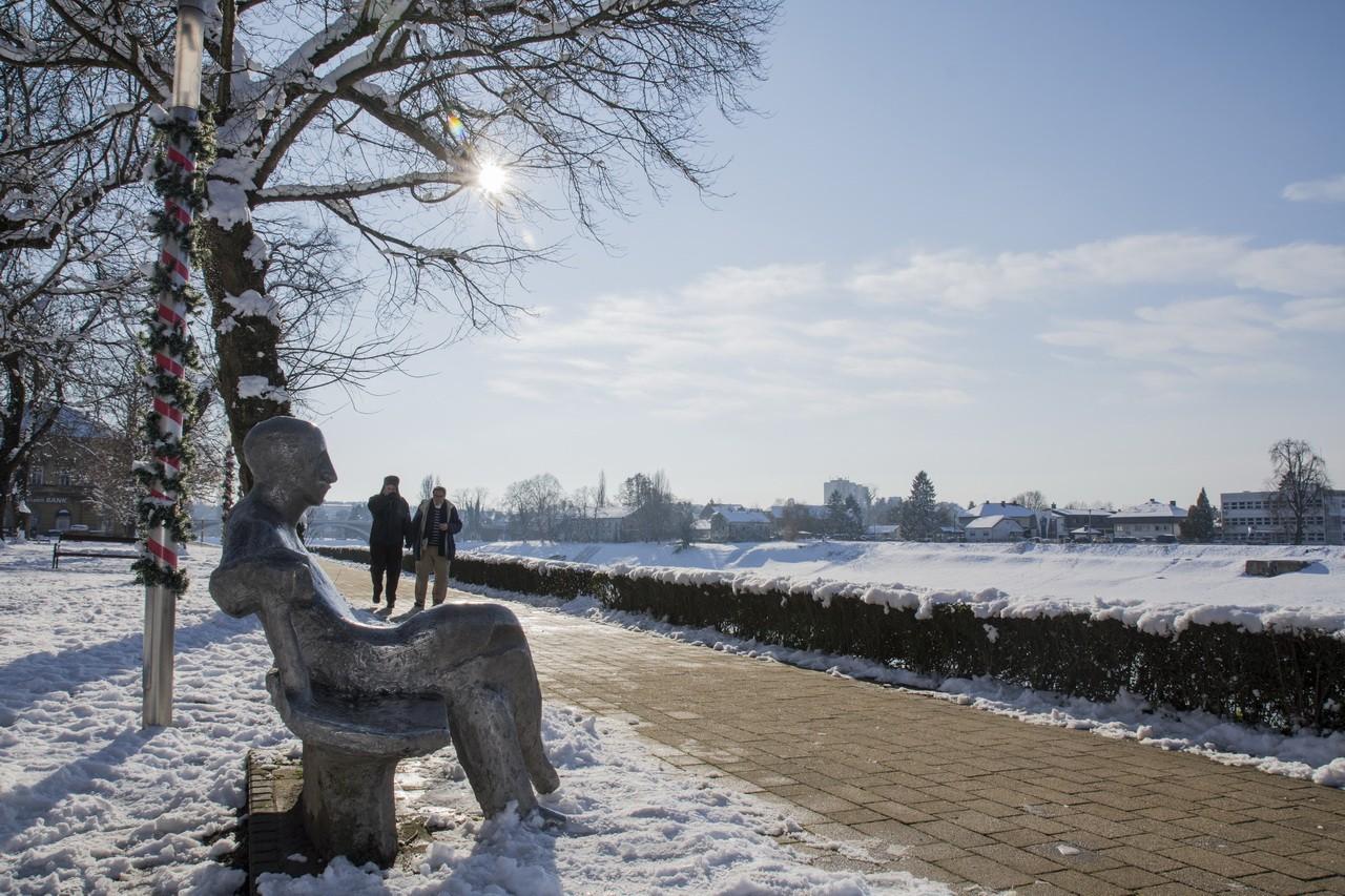 snijeg-u-gradu_18_24