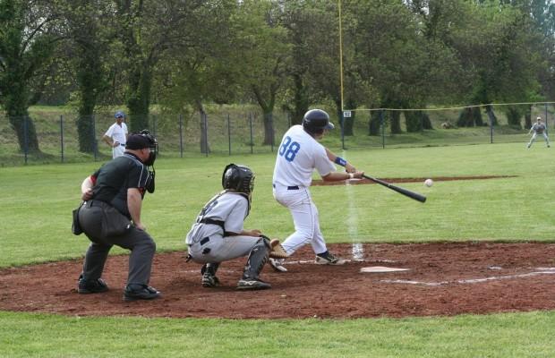 baseball bejzbol sisak storks (2)