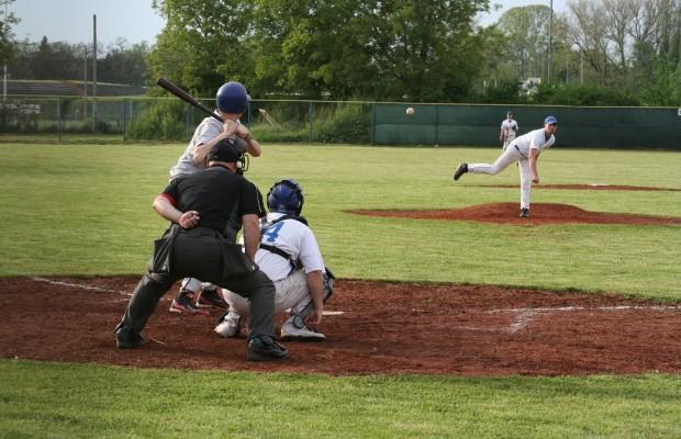 baseball bejzbol sisak storks (3)