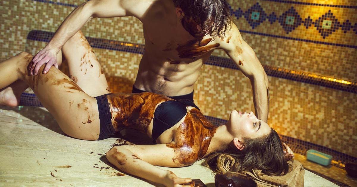 Oboje budite goli i prepustite se čarima senzualne masaže