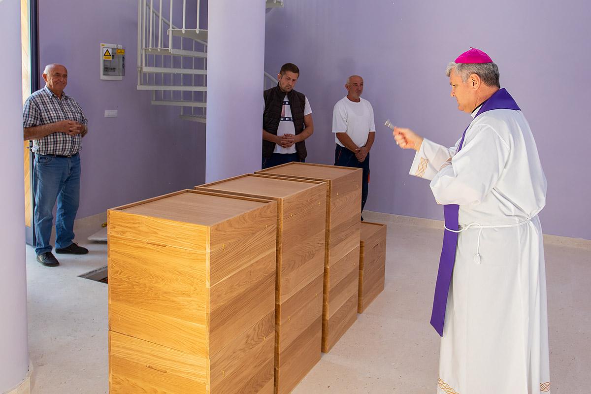 Zemni ostaci Zrinjana položeni u kriptu nove spomen-crkve