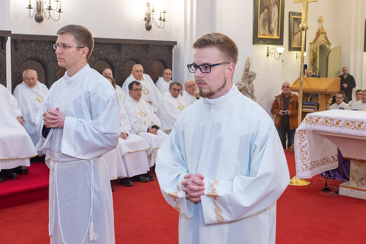 Deseta obljetnica ponovne uspostave Biskupije i đakonsko ređenje